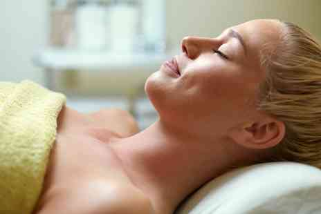 EDGE SPA - Choice of Pamper Package - Save 53%