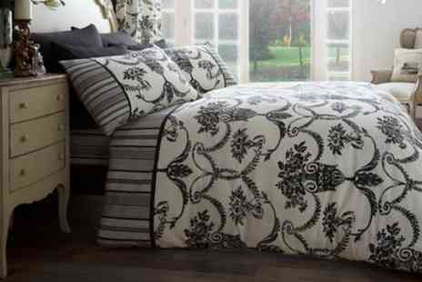 Groupon Goods Global GmbH - Richmond and Kew Duvet Set - Save 53%