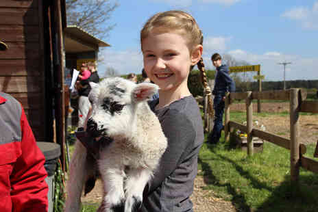 Boston Park Farm - Entry for one adult and one child ticket to Boston Park Farm with two bags of animal feed each - Save 40%