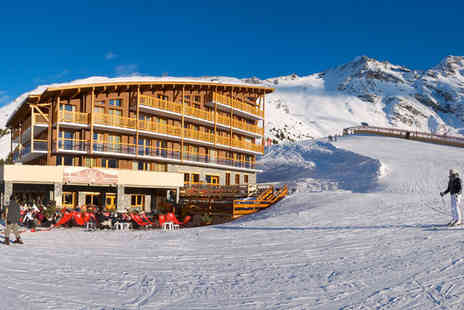 Chalet des Neiges Cime - Four Star 7 nights Stay in a 2 Bedroom Apartment for up to 4 guests - Save 35%