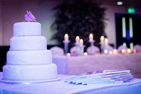 Pendulum Hotel - Wedding package - Save 60%