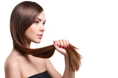 Unique Hair Lounge - Wash, cut, blow dry, treatment And half head of highlights - Save 66%
