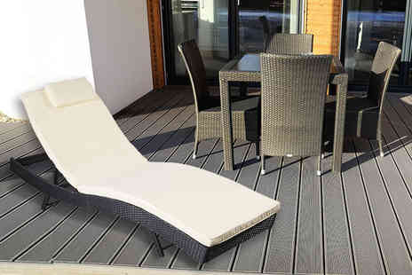 FDS Corporation - Rattan sun lounger - Save 73%