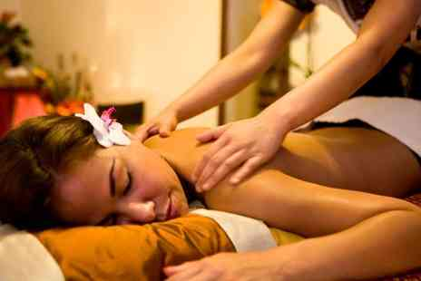 Pannarai Therapy - 60 Minute Thai Massage with Optional Refreshments - Save 47%