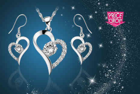 Your Ideal Gift - Crystal heart pendant and earring set - Save 92%