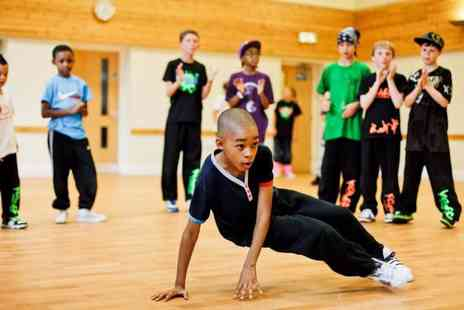 Upside Down Dance Academy - Four hip hop dance classes for kids and teens - Save 70%