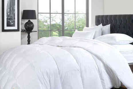 Omeco - Single, double, king or super king size duck and down duvet - Save 70%