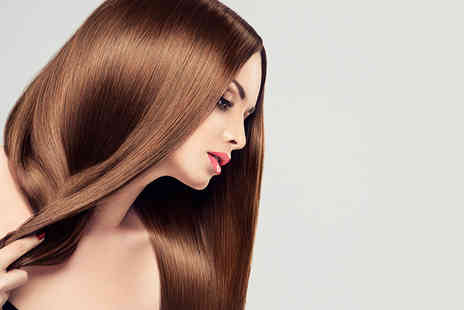 Scissorhands - Brazilian keratin blow dry with a senior stylist - Save 79%
