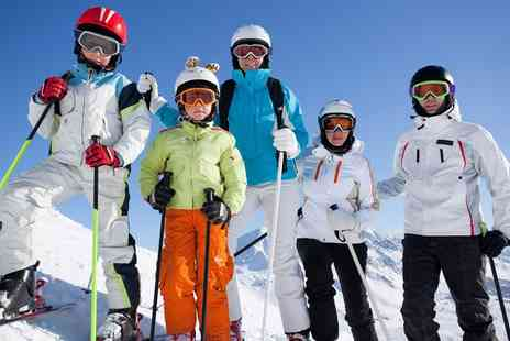 Swadlincote ski centre - Three Skiing or Snowboarding Lessons for Up to Four - Save 55%