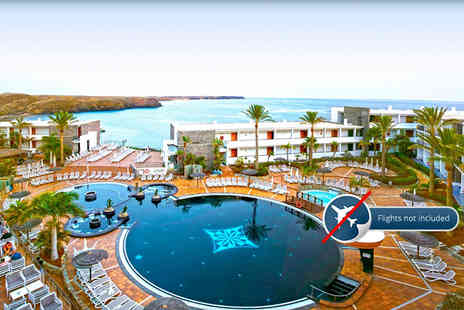 OMGhotels - Seven night bed and breakfast Lanzarote stay - Save 51%
