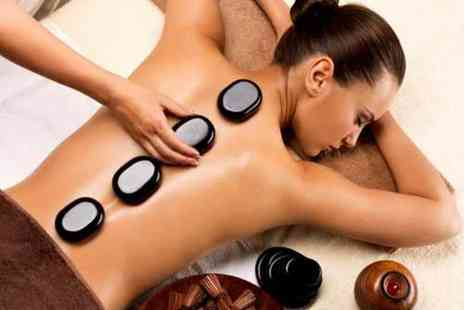 Viauty - One hour hot stone massage - Save 53%