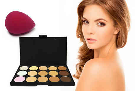 Forever Cosmetics - 15 shade contouring concealer palette and makeup blender sponge - Save 89%