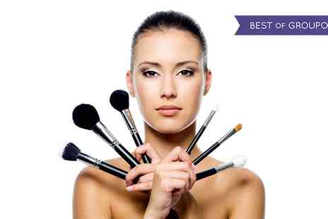 Association of Professional Makeup - Three Hour Make Up Course - Save 71%