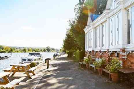The Beetle and Wedge Boathouse - Glorious 2 Course Riverside Meal for 2- Save 38%