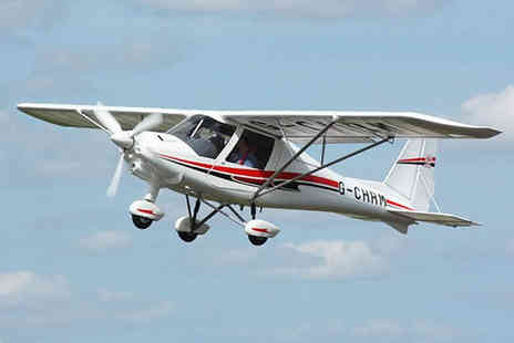 Buyagift - One hour flying lesson including two 30 minute flights - Save 0%