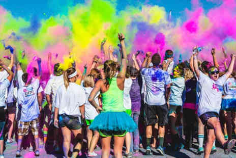 The Color Vibe - Ticket to The Color Vibe 5km run in Edinburgh, Essex or Bristol - Save 39%