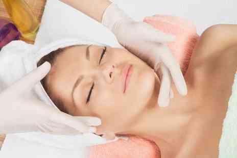 Supershocks Hair and Beauty - 30 minute facial treatment - Save 0%