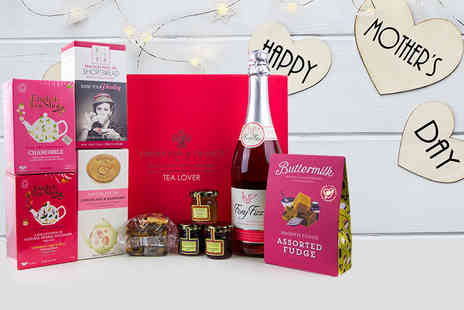 First4Hampers - Mothers Day hamper including Foxy Fizz, a selection of teas, assorted fudge and more - Save 52%