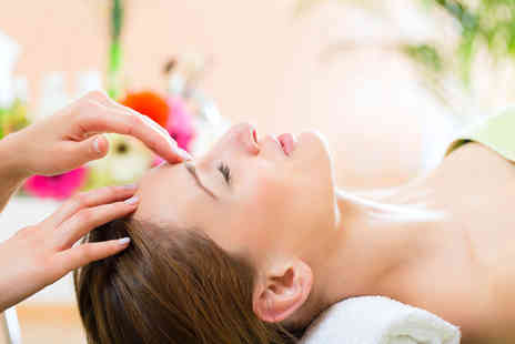 Reiki Relaxation and Holistic Massage - 90 minute ultimate relaxation pamper package - Save 78%