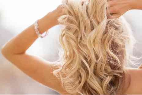 Beauty Woman - London wash, cut, conditioning treatment & blow dry - Save 62%