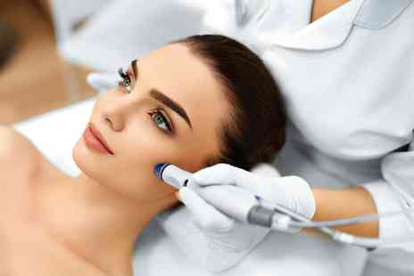 Pure Hair & Beauty Manchester - SIx microdermabrasion treatments - Save 73%