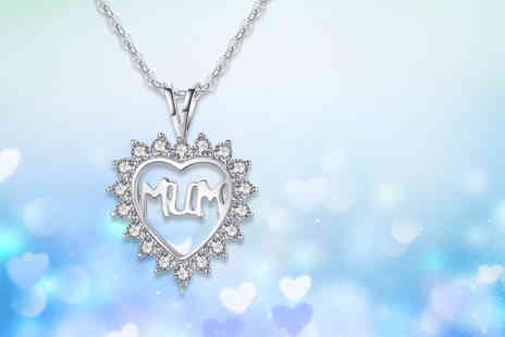 Your Ideal Gift - Mum heart pendant made with crystals - Save 85%