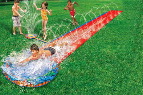 I Want Wallpaper - 16ft water slide with geyser - Save 72%