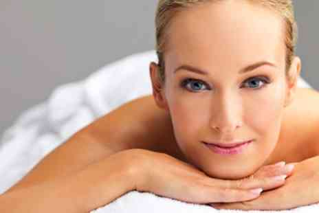 Lulubbeauty - 75 Minute Womens Pamper Package - Save 63%