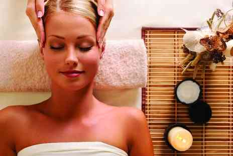 Essence Beauty - Indian head massage - Save 33%