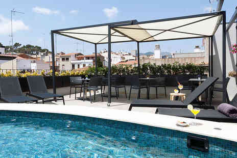 Hotel Vila Arenys - Four Star Striking Rooftop Views - Save 73%