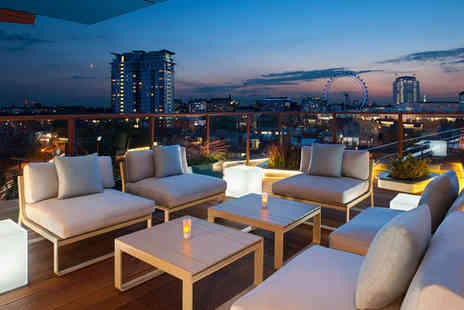 H10 London Waterloo - Four Star Rooftop City Views near the South Bank - Save 76%