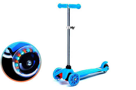 Eurotrade - Kids kick push light up mini scooter - Save 62%