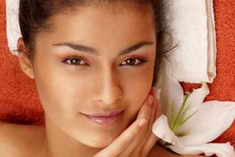 P20 Hair and Beauty - One or Two 30 or 60 Minute Facials and Massages - Save 48%