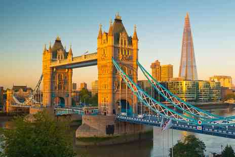 City Cruises PLC - Thames Dinner Cruise for 2 including Drinks & Live Music - Save 47%