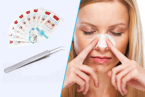Forever Cosmetics - Six blackhead removal strips and a blackhead removal tool - Save 82%