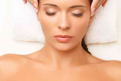 Beauty Beneath Salon - Swedish polish facial - Save 44%