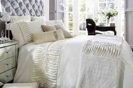 Groupon Goods Global GmbH - Alina Textured Duvet Set - Save 66%