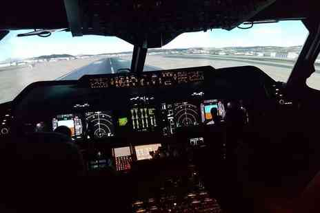Flight Simulators Midlands - 60 minute Boeing 737 or Airbus A320 flight simulation experience - Save 40%