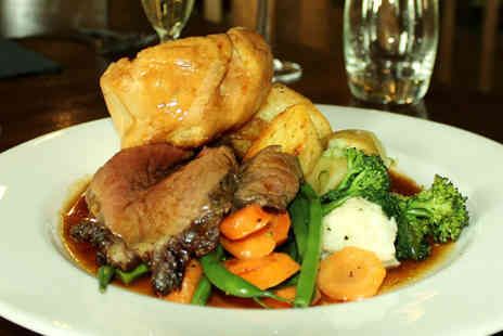 DoubleTree - Two course Sunday lunch for two with a glass of Prosecco each - Save 46%