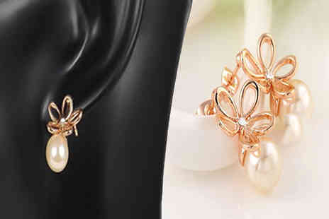 Jewleo - 18K Rose Gold Plated Faux Pearl Earrings - Save 75%