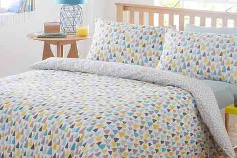 Groupon Goods Global GmbH - Reversible Duvet Cover Set - Save 71%