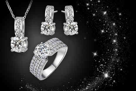 Fakurma - White gold plated crystal jewellery set including a ring, earrings and necklace - Save 80%