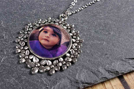 Your Perfect Canvas - Personalised photo flower pendant - Save 75%