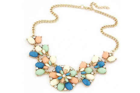 Your Ideal Gift - Pastel Flower and Crystal Necklace - Save 77%