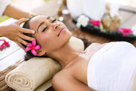 Coombess Complimentary Therapies - Luxury head massage - Save 0%