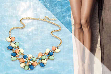 Your Ideal Gift - Pastel flower bead and crystal necklace - Save 77%
