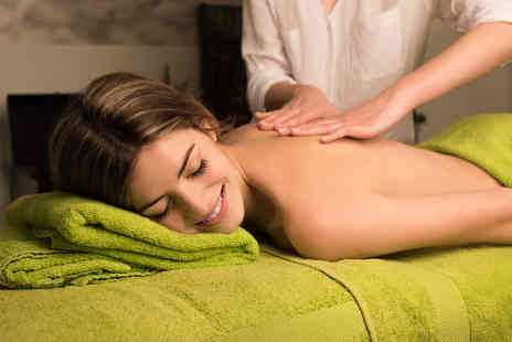 Lashious Beauty - 30 minute neck, back & shoulder massage - Save 30%
