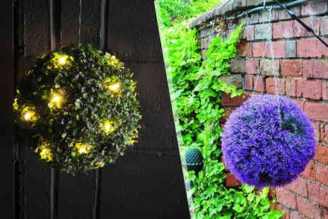 Hawt Online - Garden Topiary Balls Solar Powered LED or Lavender - Save 60%