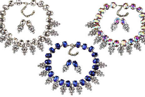 Richardson Group - Luxury Glass Leaf Crystal Choker Necklace and Earrings Set Available in Three Colours - Save 68%