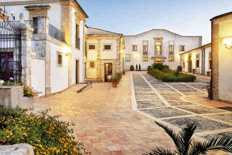 Villa Favorita Relais - Four Star Charming Sicilian Country House - Save 32%